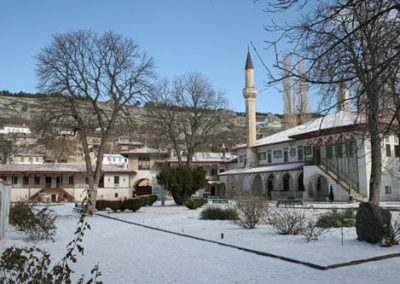 hanskiy-dvorec-zimoy-krym-top-foto-3