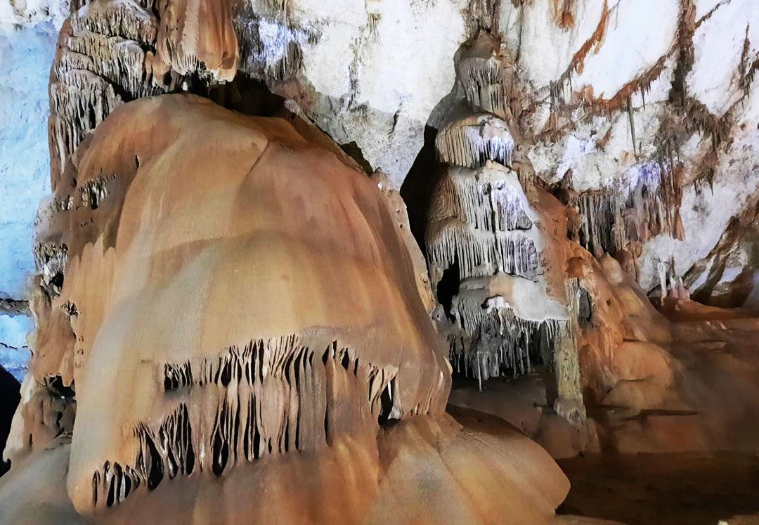 мрамор пещеры